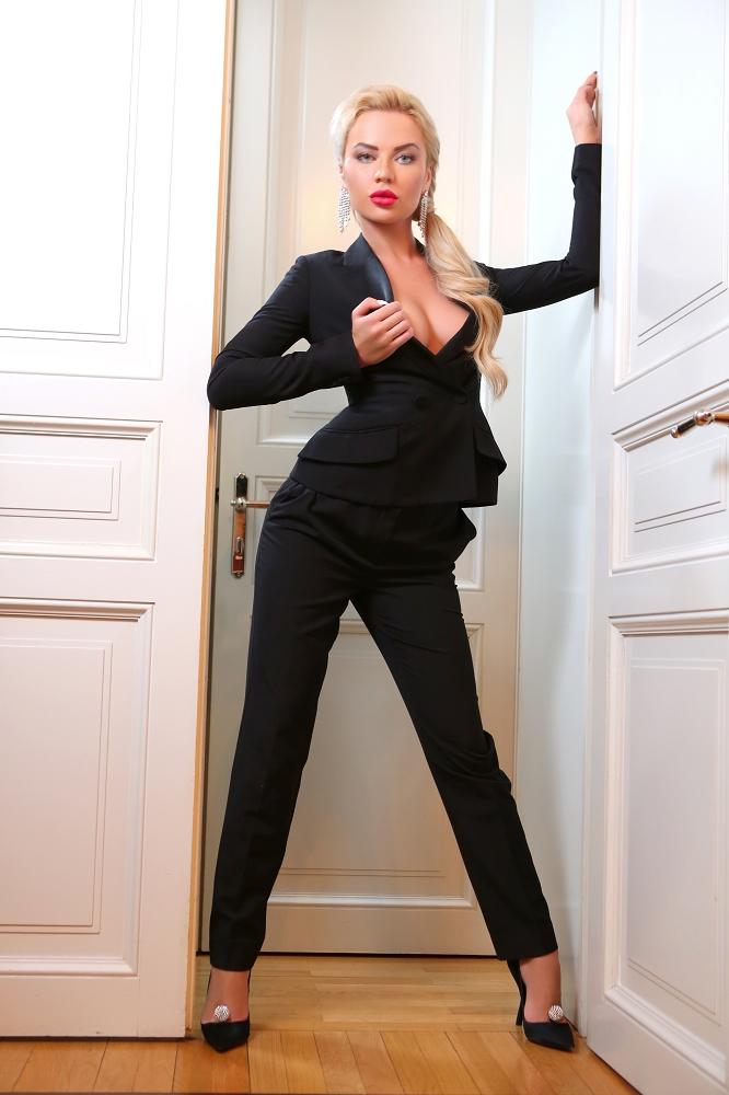 fantasy escort agency